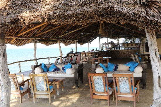 Manda Bay: BeachFront Bar on the Indian Ocean!
