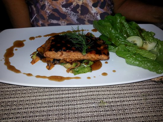 The Royal Haciendas All Suites Resort & Spa: Salmon at the buffet restaurant