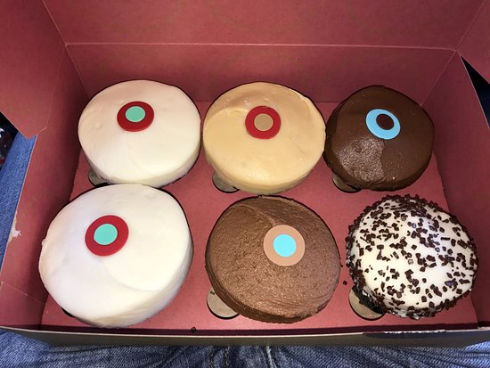 Sprinkles Cupcakes And Ice Cream Thousand Oaks