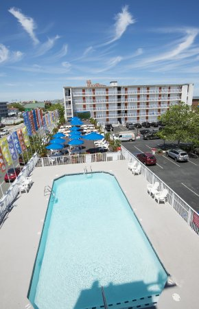 Pool - Picture of The Spinnaker, Ocean City - Tripadvisor
