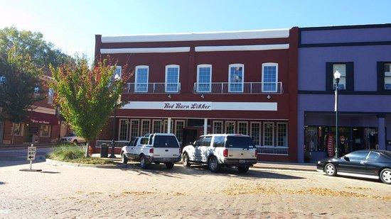 Red Barn Likker, Abbeville, SC, Nov 2016