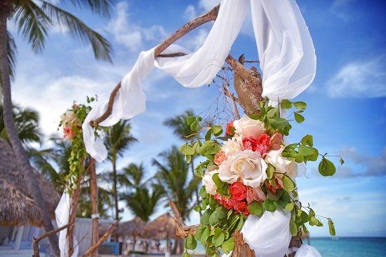 Kukua Beach Club Wedding Arch Rustic Style At Punta Cana