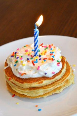 Libertyville, IL: birthday pancakes