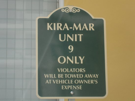 Kira-Mar Waterfront Villas & Docks: Personal Parking Spaces are a Real Plus !!