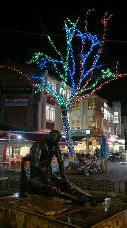 Saraclar Caddesi