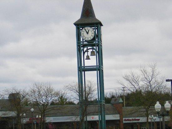 Branson, MO: Clock