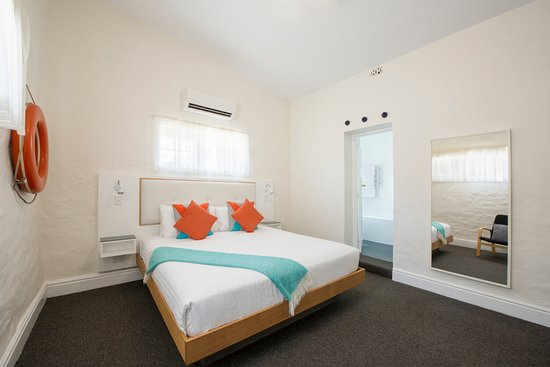 Seawall Apartments: Fishermans Cottage, a 2 Bedroom Family apartment. We have 4 different 2 Bedroom family apartment