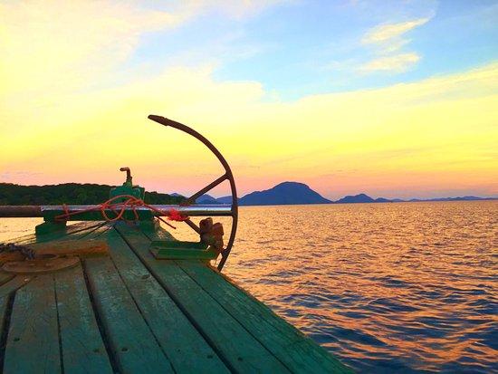 Cape Maclear, Malawi: Sunet cruise!