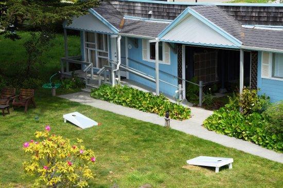 ลิตเทิลริเวอร์, แคลิฟอร์เนีย: Thyme + Tansy Lawn