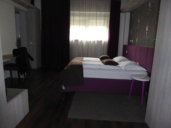 Hotel Emonec Bild