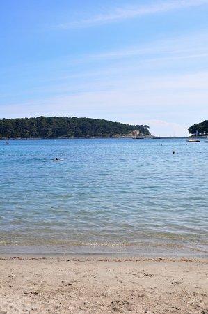 Mare limpido, sabbia fine e nessuno intorno ... un paradiso