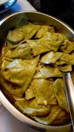 Molazzana, Itália: Tortelli di cavolo nero e zucca conditi con olio extravergine di oliva