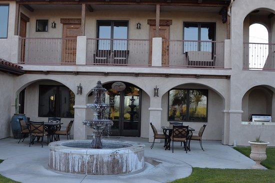 The Inn at Croad Vineyards Photo