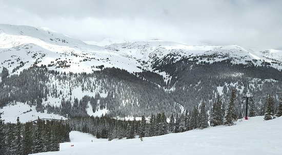 Englewood, CO: Loveland Lift 1 to the top at Cat Walk Slope- Breath taking!