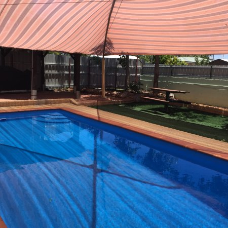 Mount Isa, Australia: New pool