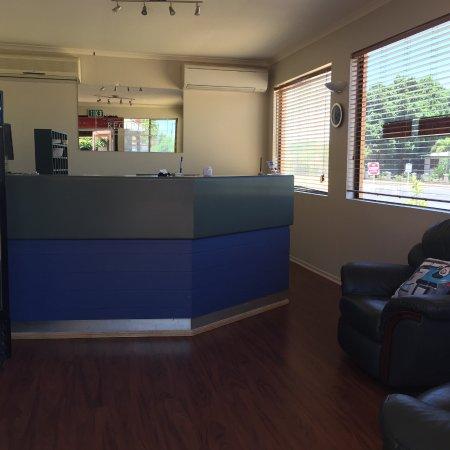 Mount Isa, Australia: New reception