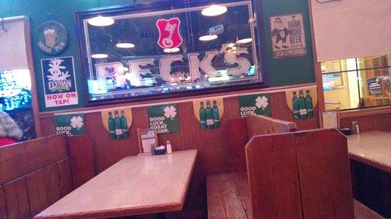 Blue Springs, MO: Clancy's Cafe & Pub