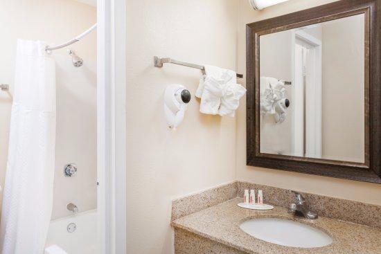 Zdjęcie Baymont Inn & Suites Peoria