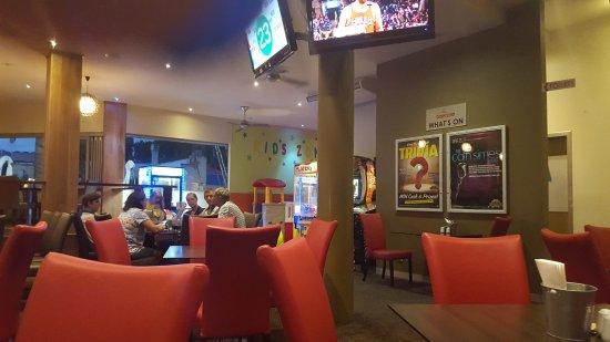Pioneer Tavern: 20170322_191134_large.jpg
