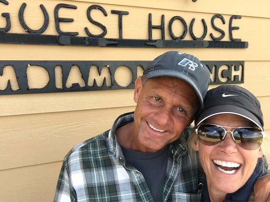 M Diamond Ranch: Loved staying at the Guest House and taking the horse riding, lunch and ATV tour!! So much fun!!