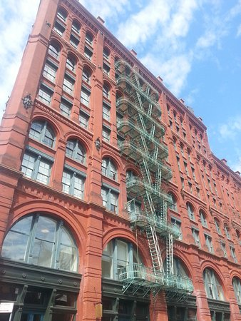 We walk new york tours new york city 2018 all you need for Puck building