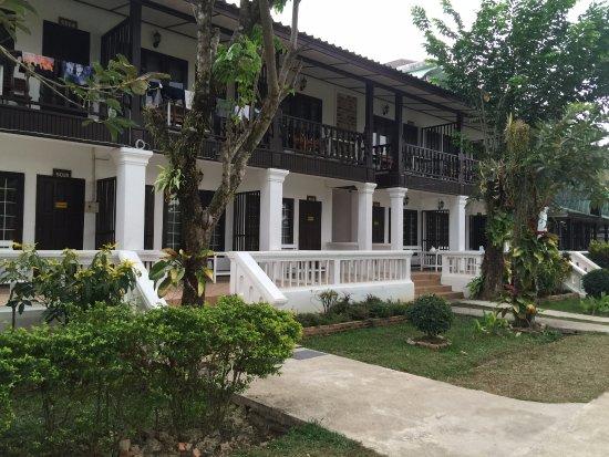 Thavonsouk Resort: บรรยากาศภายในโรงแรม