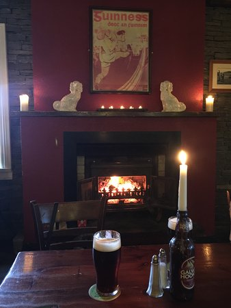 Fitzpatrick's Bar: It doesn't get any better than this! Dooliner beer and a warm fire.