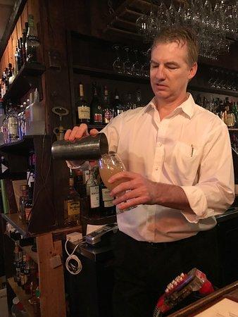 Captain's Tavern: photo1.jpg