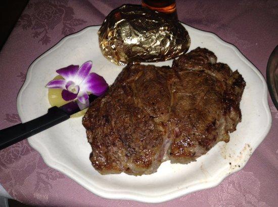 Bon Rico: Rib-Eye Steak, yes it's that big for a petite.