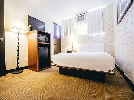 Stay Hotel Waikiki Boutique Queen Room