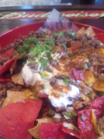 Big Billys Burger Joint: loaded nachos after being remade