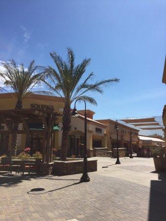 Desert Hills Premium Outlets : photo0.jpg
