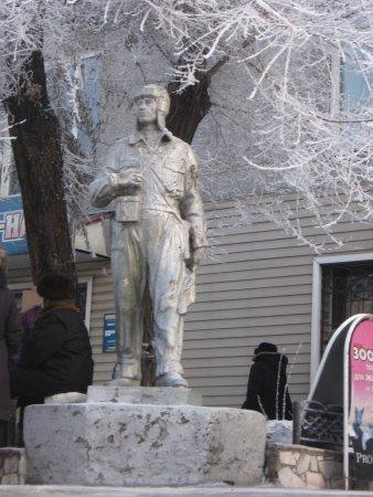 Monument to Valeriy Chkalov