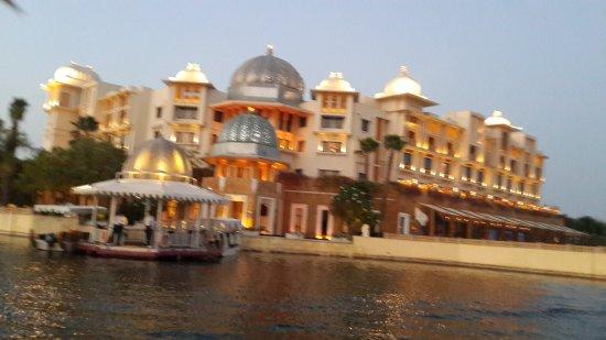 The Leela Palace Udaipur: 20170330_190658_large.jpg