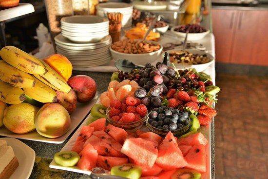 Rivonia Bed & Breakfast : Breakfast fruit platter