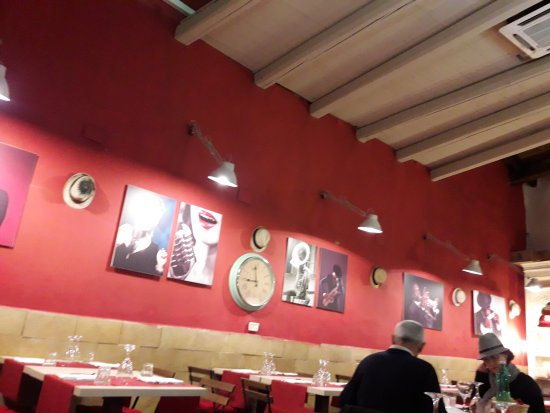 Photo of Pizza Place Sicily at Via Cavour 67, Siracusa 96100, Italy