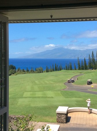 View To The Entrance Of The Plantation Restaurant In Kapalua