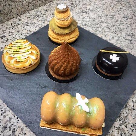 Figari, Francia: Pour ceux qui aiment avoir le choix, nous vous proposons un petit dessert gourmand :)
