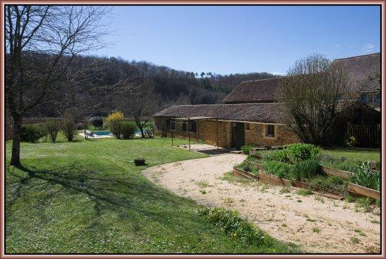 Montferrand du Perigord, France: Gites - Piscine