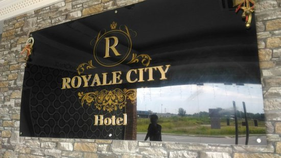 Royale City Hotel