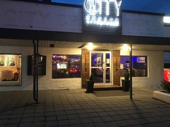 Honefoss, Norway: Entré till restaurang City Fusion i Hønefoss