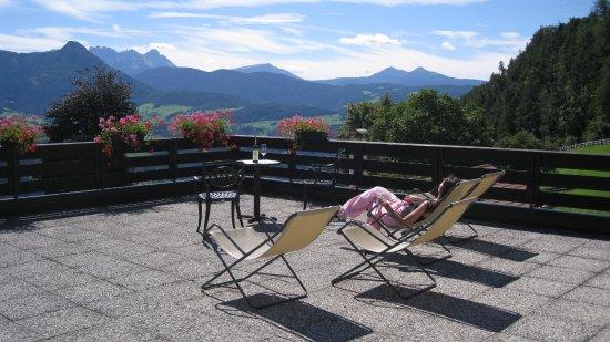 Naturhotel Wieserhof: Terrazza panoramica