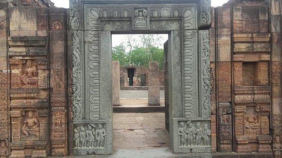 Ratnagiri Buddhist Excavation