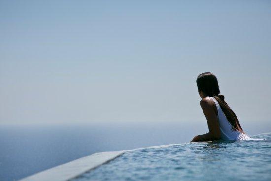 Verina Astra: Infinity pool
