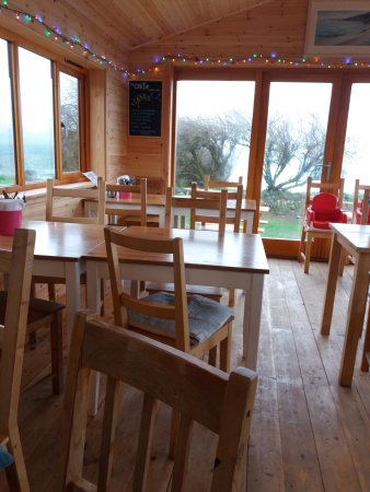 Perranuthnoe, UK: A View of the inside of The Cabin Beach Cafe