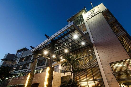 The Avenue Plaza Hotel: Avenue Plaza Hotel Facade