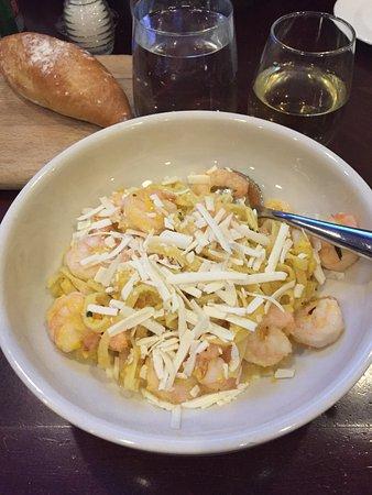 Andiamo: Pasta with shrimps