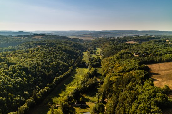 Paunat, Frankrig: A splendid photo taken by Nicolas Linsel  looking down my valley towards the Dordogne river