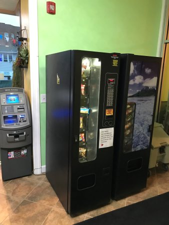Waterbury, CT:  snacks/drinks vending machines and atm machine, ice , microwav are available in the main loby a