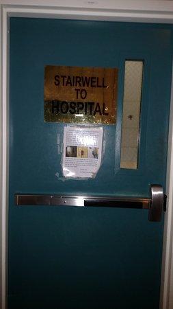 Riverside Inn Bangor: Stairwell door to Tunnell